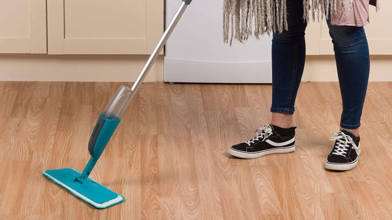 The Best Mop For Hardwood Floors With Effective Cleaning Qualities!